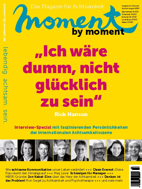 moment by moment 02/2019 Interview-Special Cover