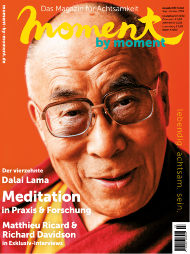 Cover moment by moment 03/2018 Dalai Lama