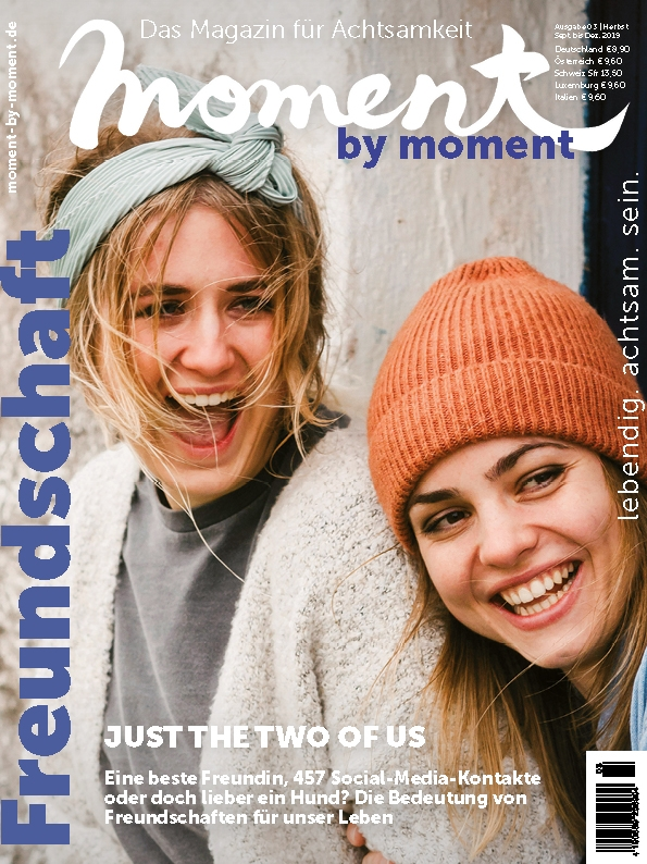moment by moment Cover 03/2019 Freundschaft