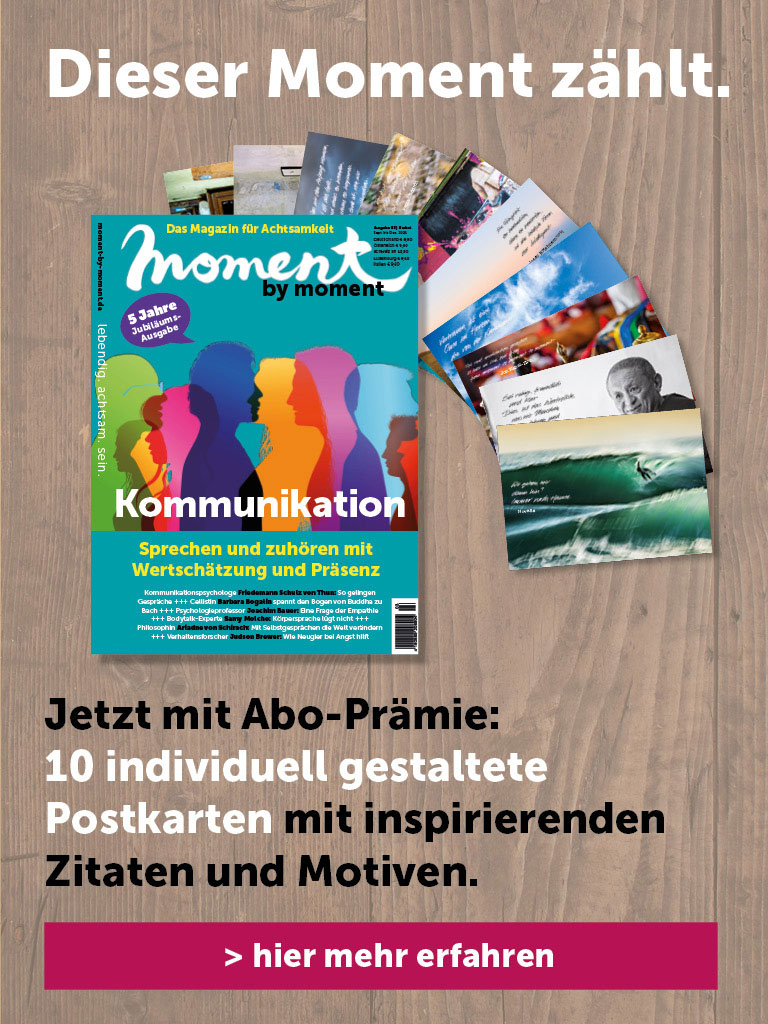 moment by moment Abo Banner